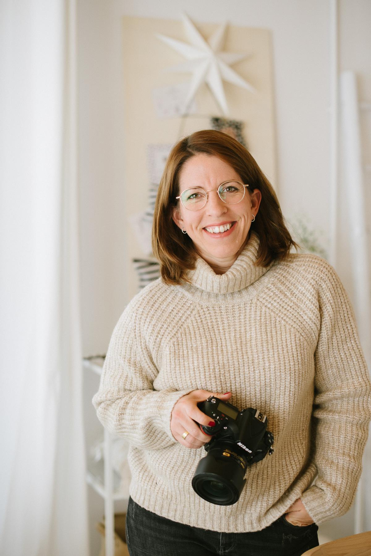 Katja Heil mit Kamera